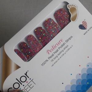 Color street nails Dansk all night pedicure